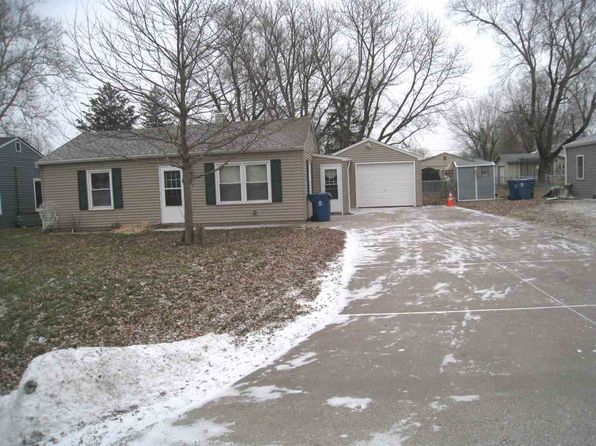2 bed 1 bath Single Family at 133 W 3rd St Coal Valley, IL, 61240 is for sale at 77k - 1 of 10