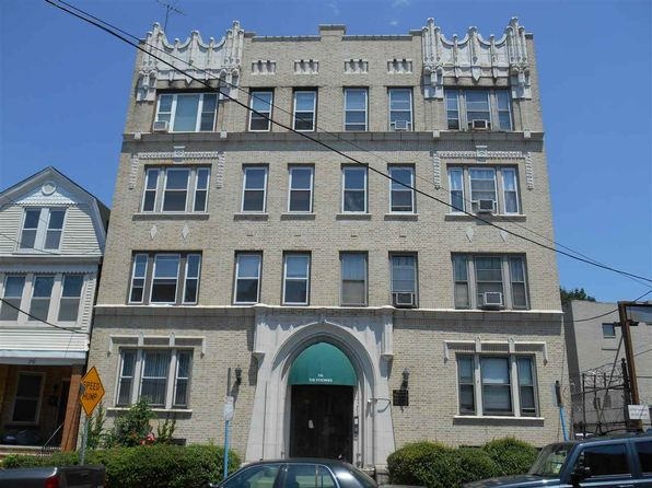 2 bed 1 bath Condo at 206 Jewett Ave Jersey City, NJ, 07304 is for sale at 209k - 1 of 24