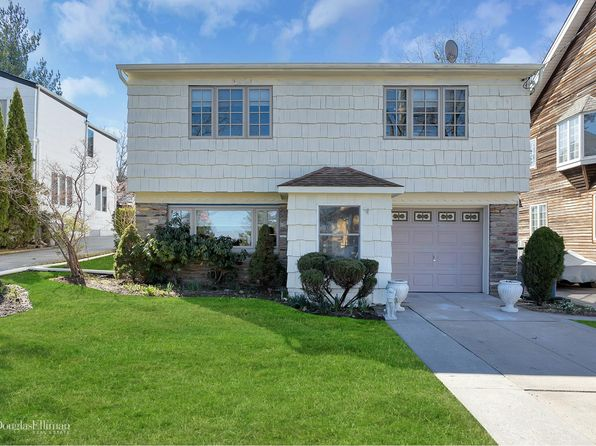3 bed 3 bath Single Family at 3732 222nd St Bayside, NY, 11361 is for sale at 1.26m - 1 of 29