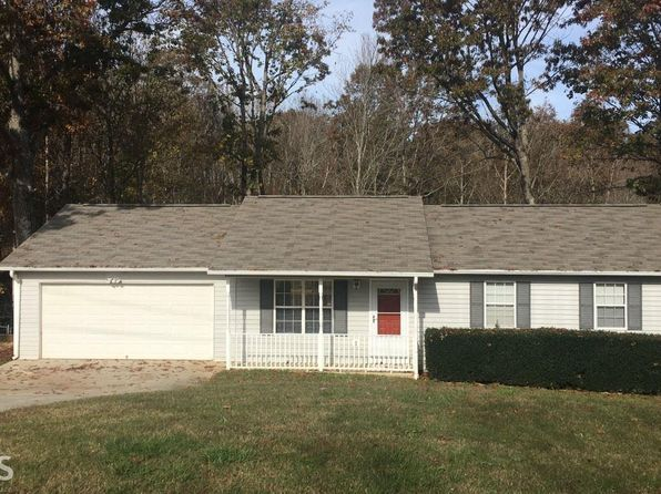 3 bed 2 bath Single Family at 2901 Oconee Cir Gainesville, GA, 30507 is for sale at 142k - 1 of 15