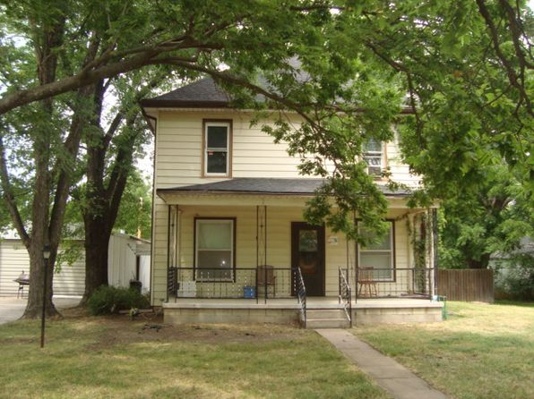 4 bed 2 bath Single Family at 212 W Oak St Waterville, KS, 66548 is for sale at 68k - 1 of 26