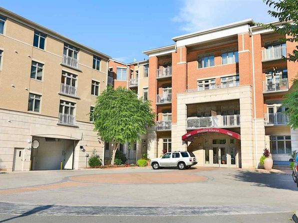 3 bed 2 bath Condo at 7400 River Rd North Bergen, NJ, 07047 is for sale at 799k - 1 of 16
