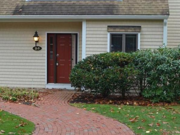 2 bed 1.5 bath Condo at 9 Shellback Way Mashpee, MA, 02649 is for sale at 250k - 1 of 33
