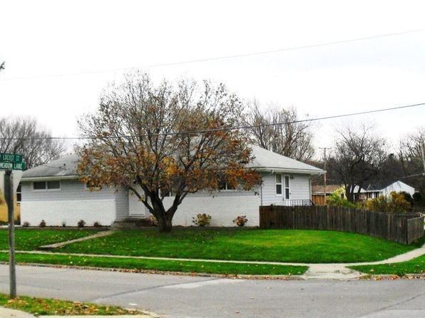 3 bed 1 bath Single Family at 2201 Meadow Ln West Des Moines, IA, 50265 is for sale at 183k - 1 of 10