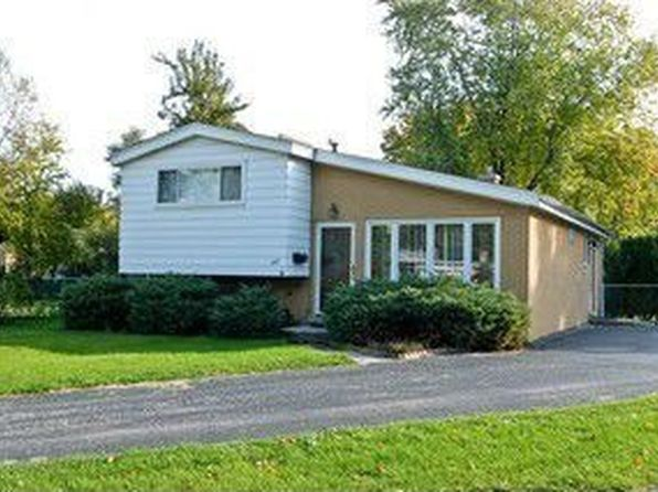3 bed 2 bath Single Family at 207 Valerie Ct Glenview, IL, 60025 is for sale at 309k - 1 of 20