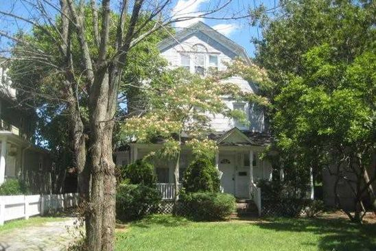 4 bed 2.5 bath Single Family at Undisclosed Address WOODMERE, NY, 11598 is for sale at 699k - google static map