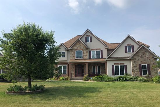 4 bed 3 bath Single Family at 9 BAINBRIDGE LN WEBSTER, NY, 14580 is for sale at 460k - google static map