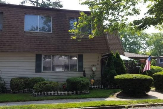 3 bed 2 bath Condo at 258 Feller Dr Central Islip, NY, 11722 is for sale at 187k - google static map