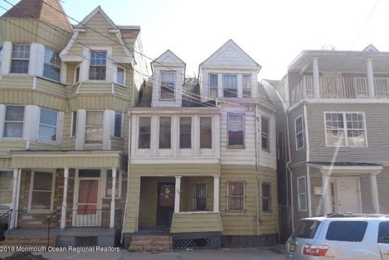 7 bed 3 bath Single Family at 106 MILFORD AVE NEWARK, NJ, 07108 is for sale at 300k - google static map
