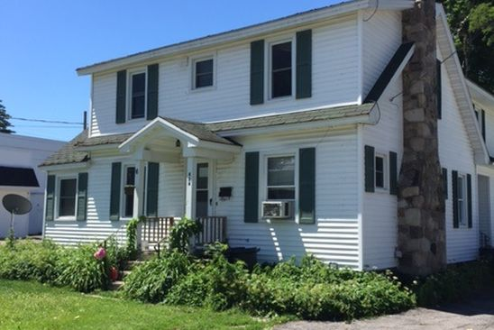4 bed 2 bath Multi Family at 424 Main St Massena, NY, 13662 is for sale at 125k - google static map