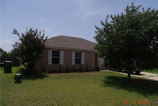3 bed 2 bath Single Family at 3001 DON HILL LN TAYLOR, TX, 76574 is for sale at 159k - google static map
