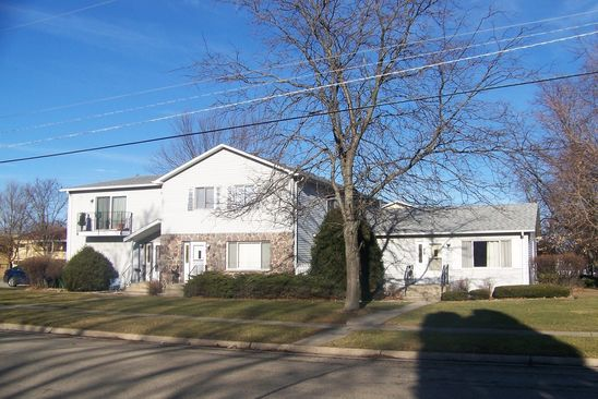 8 bed null bath Multi Family at 760 PLEASANT ST WOODSTOCK, IL, 60098 is for sale at 284k - google static map