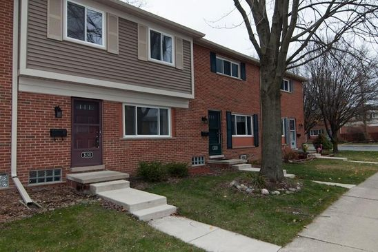 2 bed 1 bath Condo at 3059 Williamsburg Rd Ann Arbor, MI, 48108 is for sale at 90k - google static map