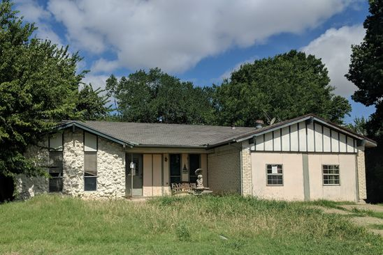 4 bed 2 bath Single Family at 1601 LANCELOT LN ARLINGTON, TX, 76014 is for sale at 111k - google static map