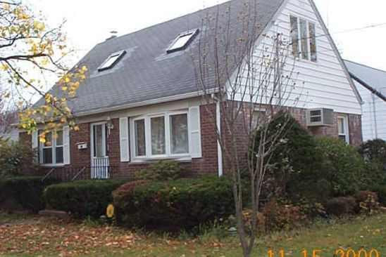 3 bed 1.5 bath Single Family at 87 SOBRO AVE VALLEY STREAM, NY, 11580 is for sale at 365k - google static map