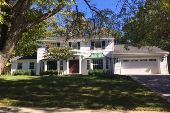 4 bed 3 bath Single Family at 1029 TIMBER LN LAKE FOREST, IL, 60045 is for sale at 719k - google static map