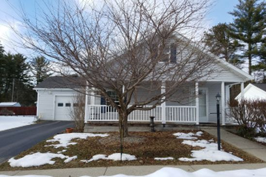 2 bed 2 bath Mobile / Manufactured at 3 Cherry Ln Gansevoort, NY, 12831 is for sale at 125k - google static map