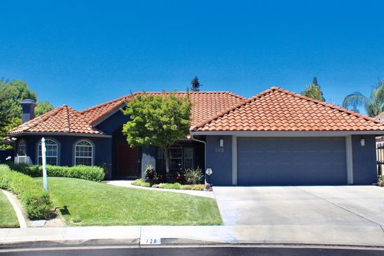 3 bed 2 bath Single Family at 128 E Chestnut Ct Visalia, CA, 93277 is for sale at 437k - google static map