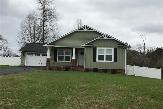 3 bed 2 bath Single Family at 220 Dales Pl Sparta, TN, 38583 is for sale at 160k - google static map