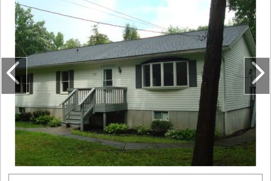 3 bed 2 bath Single Family at 1552 CENTRE RD RHINEBECK, NY, 12572 is for sale at 270k - google static map