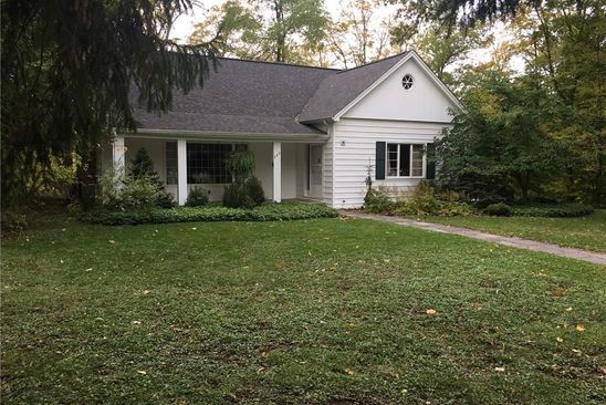 4 bed 2 bath Single Family at 243 CAZENOVIA ST EAST AURORA, NY, 14052 is for sale at 370k - google static map