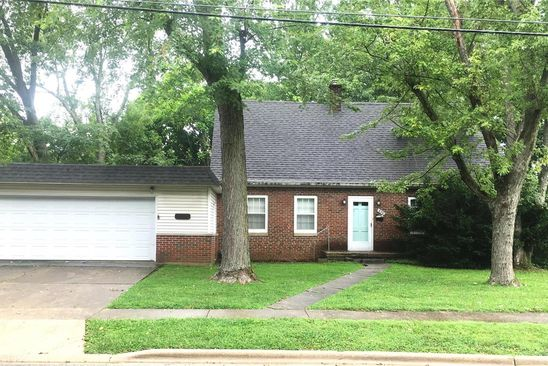 3 bed 2 bath Single Family at 839 N ELM ST GREENVILLE, IL, 62246 is for sale at 94k - google static map