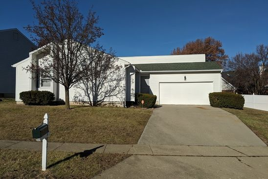 3 bed 3 bath Single Family at 2272 S Franzy Dr Decatur, IL, 62521 is for sale at 137k - google static map