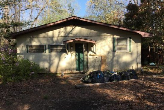 2 bed 1 bath Single Family at 800 McFalls Cir Anderson, SC, 29621 is for sale at 30k - google static map