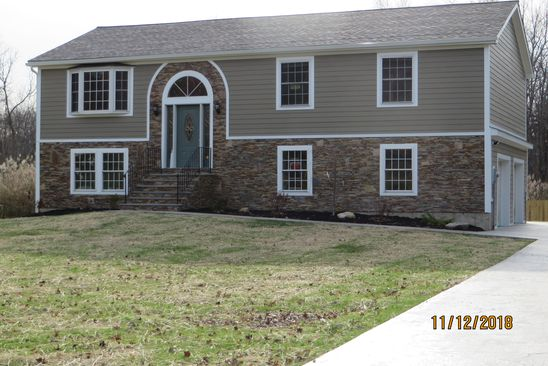 3 bed 2 bath Single Family at 39 STEPHEN DR HOPEWELL JUNCTION, NY, 12533 is for sale at 420k - google static map