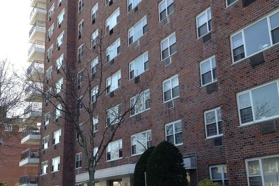 1 bed 1 bath Cooperative at 8900 170th St Jamaica, NY, 11432 is for sale at 175k - google static map