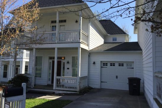 3 bed 3.5 bath Condo at 1101 MAIN ST LOUDON, TN, 37774 is for sale at 250k - google static map