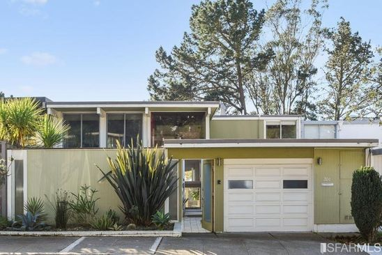 4 bed 2.5 bath Single Family at 200 AMBER DR SAN FRANCISCO, CA, 94131 is for sale at 2.45m - google static map