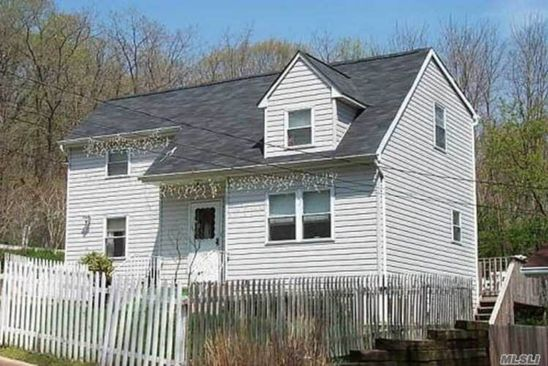 4 bed 1 bath Single Family at  Hendrick Ave Glen cove, NY, 11542 is for sale at 369k - google static map