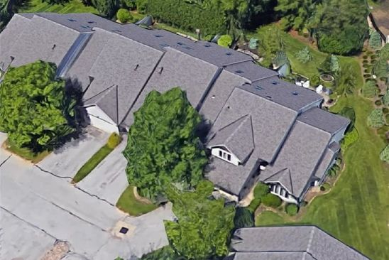 3 bed 3.5 bath Condo at 11 Bordeaux Ln Beachwood, OH, 44122 is for sale at 349k - google static map