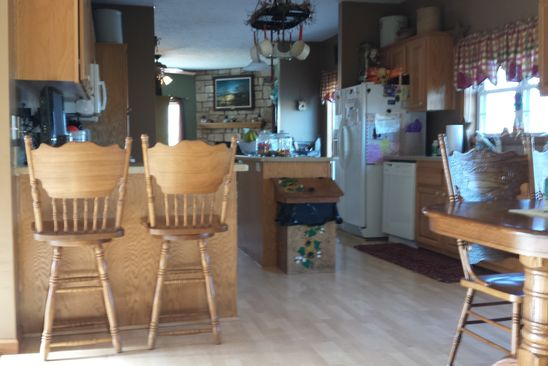 4 bed 1 bath at 16000 christmas tree rd green valley il 61534 is