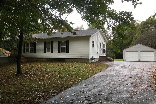 3 bed 2 bath Single Family at 3349 FAIRVIEW DR SYRACUSE, NY, 13215 is for sale at 129k - google static map