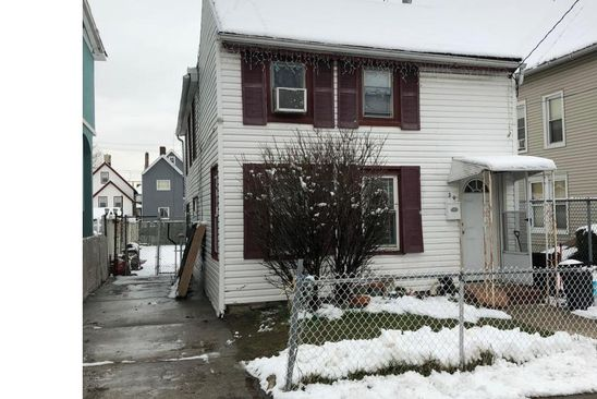 2 bed 1 bath Single Family at 30 ROE ST STATEN ISLAND, NY, 10310 is for sale at 319k - google static map
