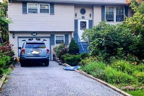 3 bed 2 bath Single Family at 17 TANGLEWOOD DR HIGHLAND LAKES, NJ, 07422 is for sale at 219k - google static map