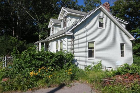2 bed 1 bath Single Family at 825 MERRIMACK AVE DRACUT, MA, 01826 is for sale at 200k - google static map