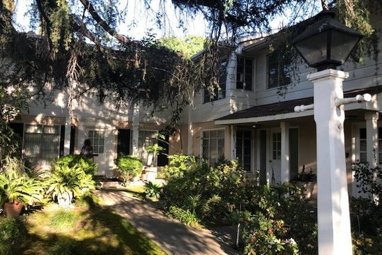 7 bed 6 bath Multi Family at 4510 Coldwater Canyon Ave Studio City, CA, 91604 is for sale at 1.55m - google static map