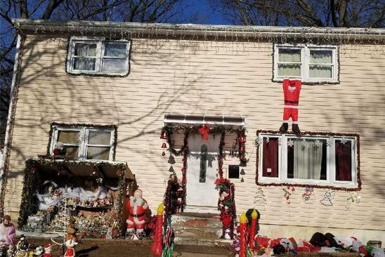5 bed 2 bath Single Family at Undisclosed Address ROOSEVELT, NY, 11575 is for sale at 375k - google static map