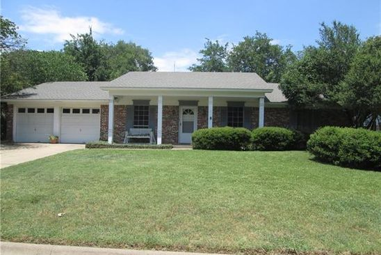 3 bed 2 bath Single Family at 1406 Belhaven St Denton, TX, 76201 is for sale at 219k - google static map
