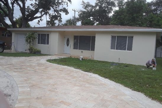 3 bed 2 bath Single Family at 625 NE 164th St Miami, FL, 33162 is for sale at 340k - google static map