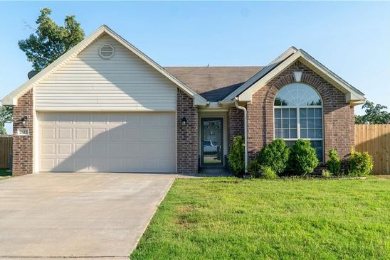 3 bed 2 bath Single Family at 2613 Park Ave Van Buren, AR, 72956 is for sale at 137k - google static map