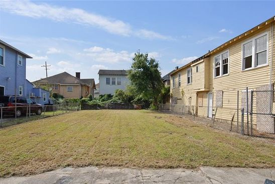 0 bed null bath Vacant Land at 2308 Amelia St New Orleans, LA, 70115 is for sale at 125k - google static map