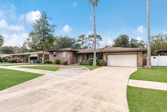 3 bed 2 bath Single Family at 1444 ARLINGWOOD AVE JACKSONVILLE, FL, 32211 is for sale at 180k - google static map