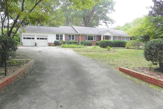 3 bed 2.5 bath Single Family at 1301 REMBRANDT CIR CHARLOTTE, NC, 28211 is for sale at 595k - google static map