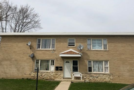 8 bed 4 bath Multi Family at 608 W Avilon Ave Round Lake, IL, 60073 is for sale at 275k - google static map