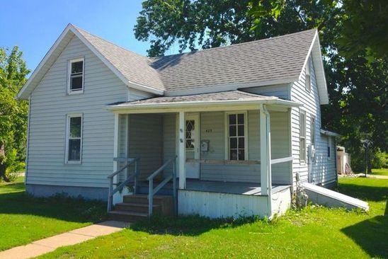 3 bed 1 bath Single Family at 425 E 8TH ST GIBSON CITY, IL, 60936 is for sale at 20k - google static map