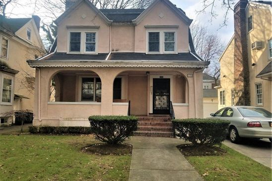 5 bed 4 bath Single Family at 1054 E 19TH ST BROOKLYN, NY, 11230 is for sale at 1.50m - google static map